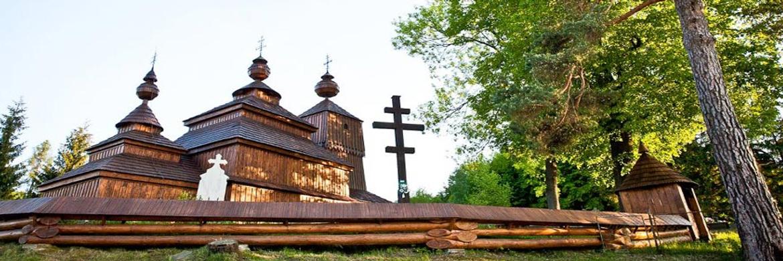 trip-wooden-churches